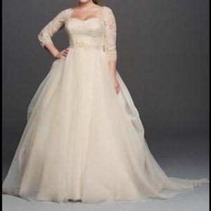 Oleg Cassini Wedding Gown Ivory